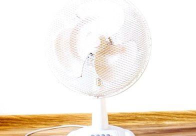 Para refrescar tu habitación por la noche, apunta con el ventilador hacia fuera y no dentro.