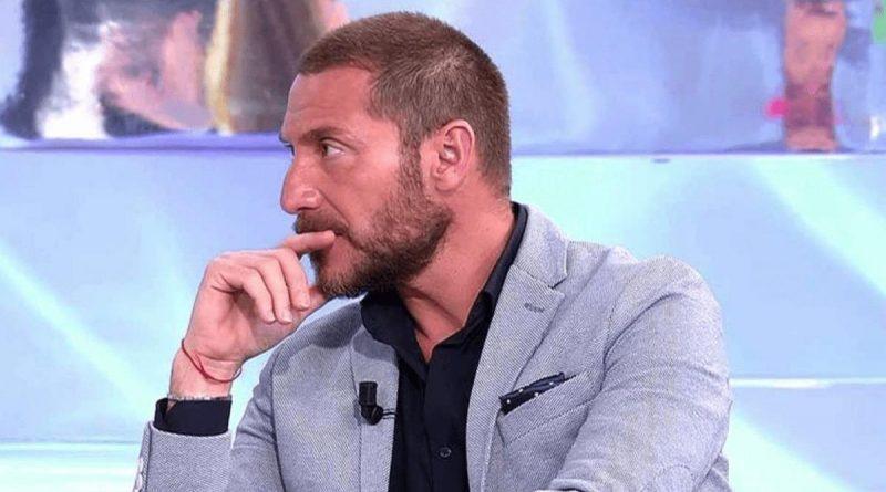 """Antonio David Flores estalla en pleno directo: """"¡No soy un saco de boxeo""""!"""