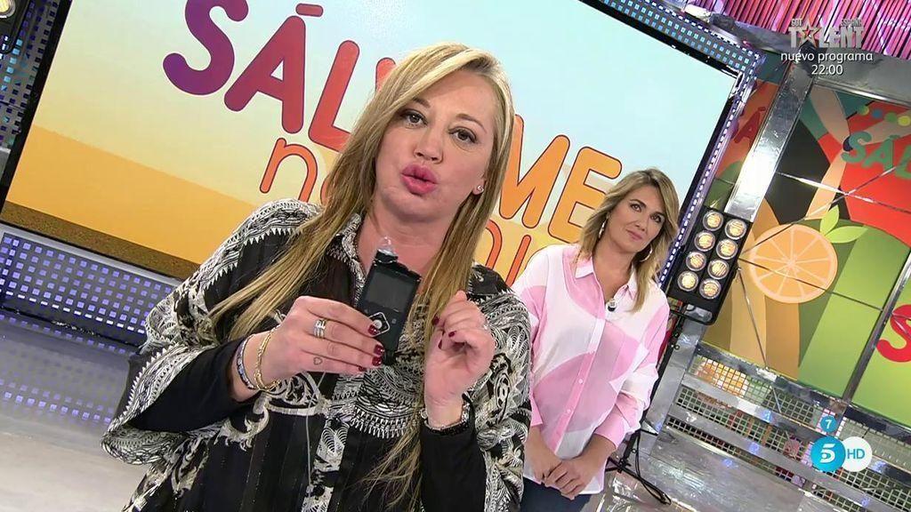belen esteban muestra su bomba de insulina