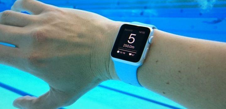 el mejor reloj para natacion